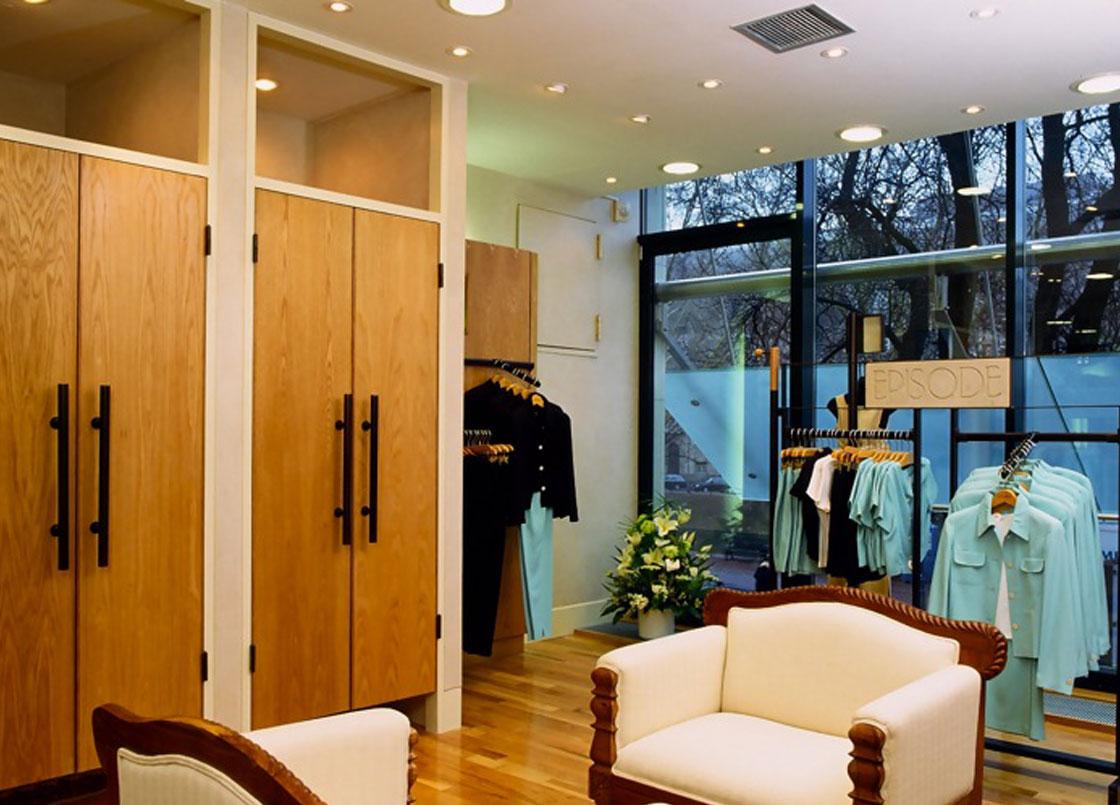 Episode fashion retailer, interior design, fitting rooms, sofas