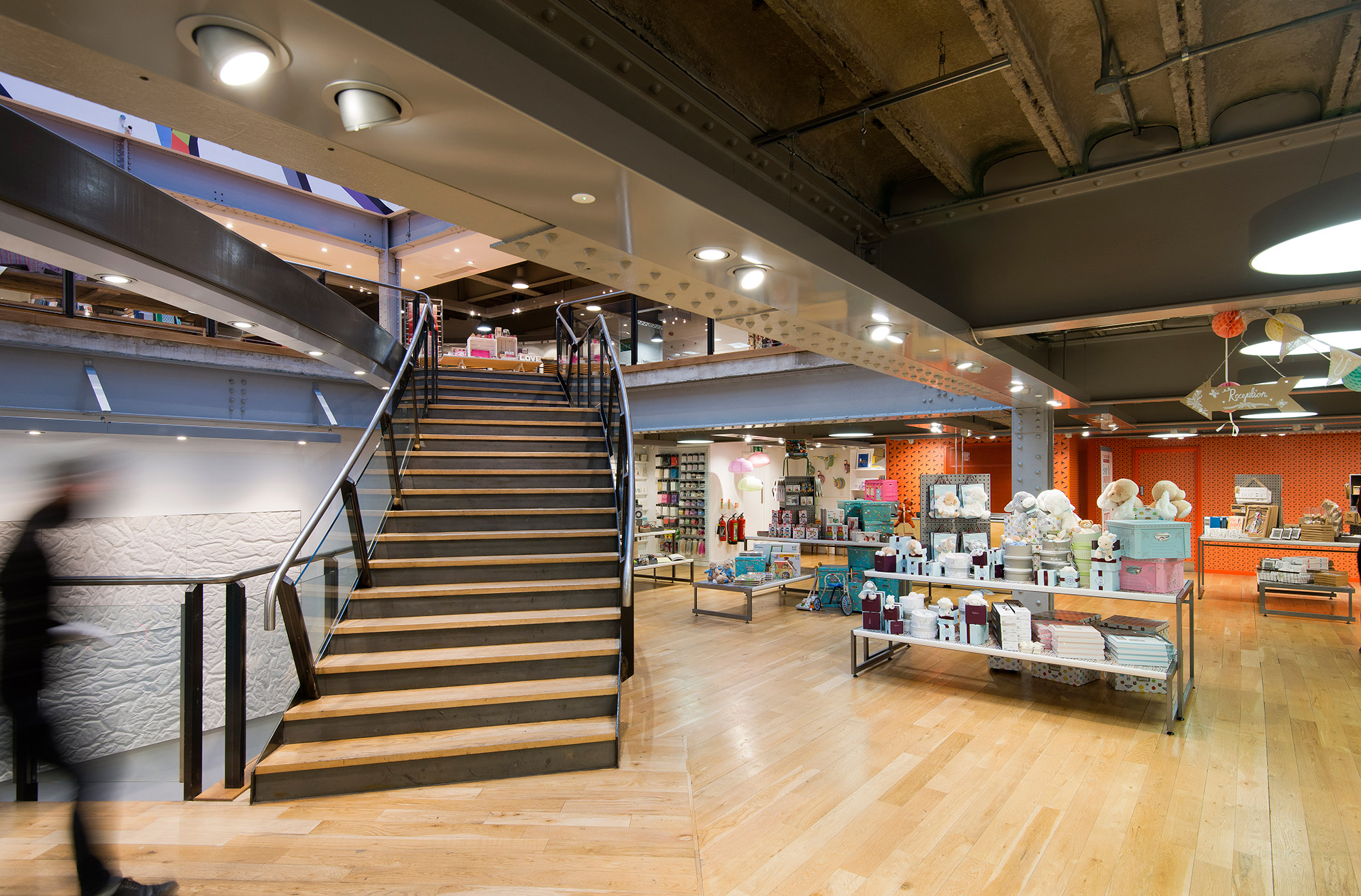 Paperchase Manchester, mezzanine staircase