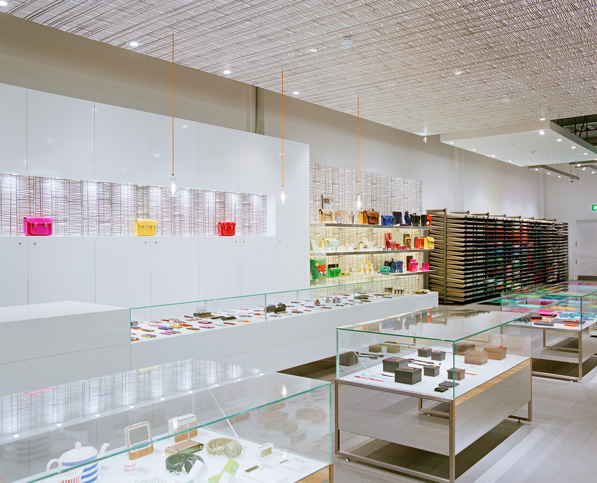 Paperchase Glasgow, first floor, high value area, white