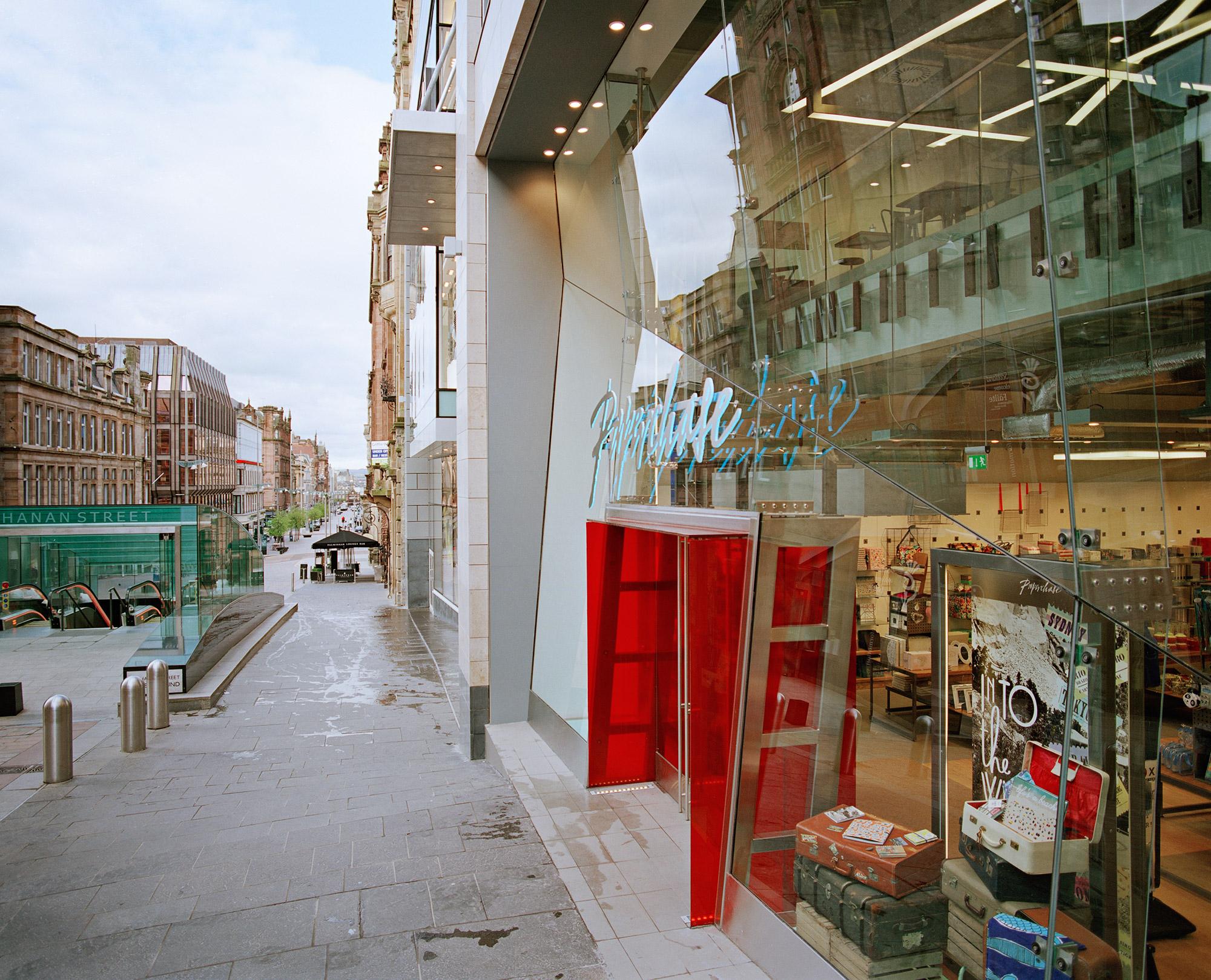 Paperchase Glasgow Shop front day time, Buchanan St, Glasgow City G1 2JZ